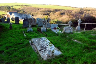 Lockyer_James_grave_Wembury_St Werburgh's Church_Sue Carylon photo_2017_01 s